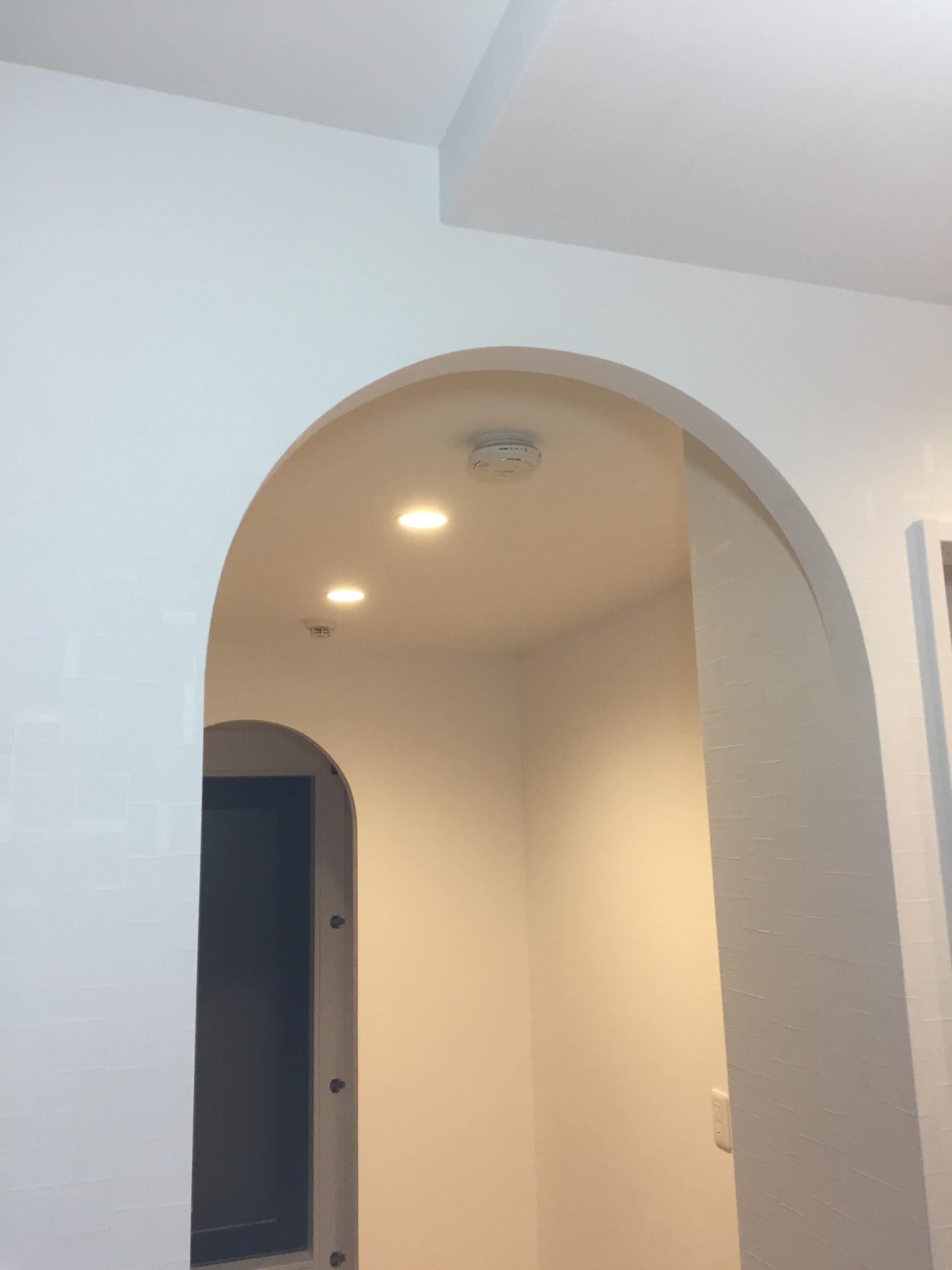 西宮市 クロス張り替え フロアタイル 造作アーチと和室の天井をお洒落